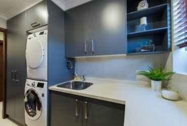 Small laundry renovation